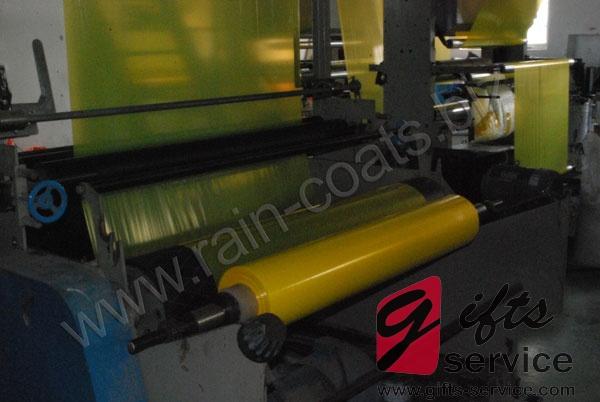 Manufacturer of Disposable Raincoat