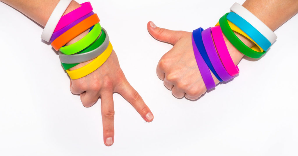 This image has an empty alt attribute; its file name is braccialetti-in-silicone-1024x538.jpg