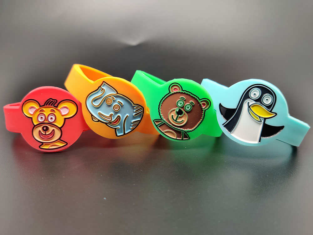 dětské silikonové náramky na zakázku