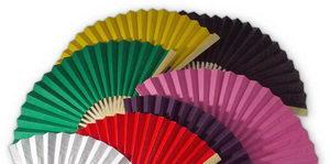 vějíře v základních barvách jednobarevné