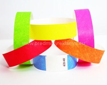 Rôzne materiály na identifikačné pásky